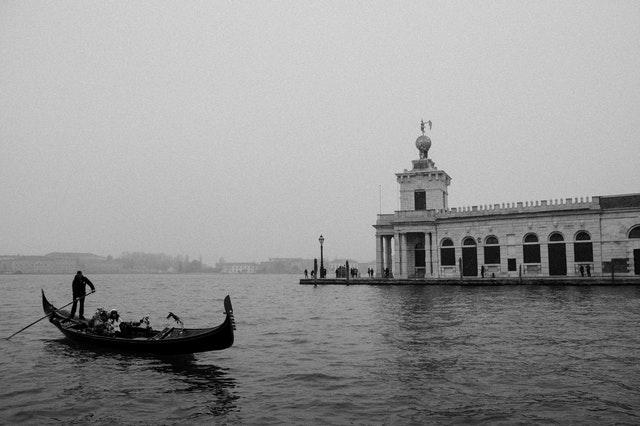 Gondel in Venedig, sw-Foto